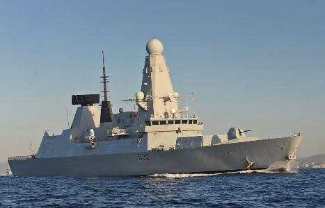 Daring deploys to Gulf